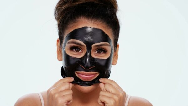 How to make a black Activated charcoal mask